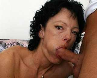 This horny housewife does anaything for a facial